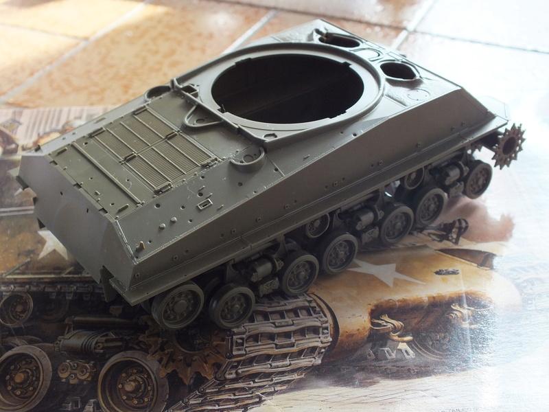 "Sherman M4A3E8 Tamiya réf. 35346 Déco Fury avec Kit Verlinden ""Fury"" Dscf0334"