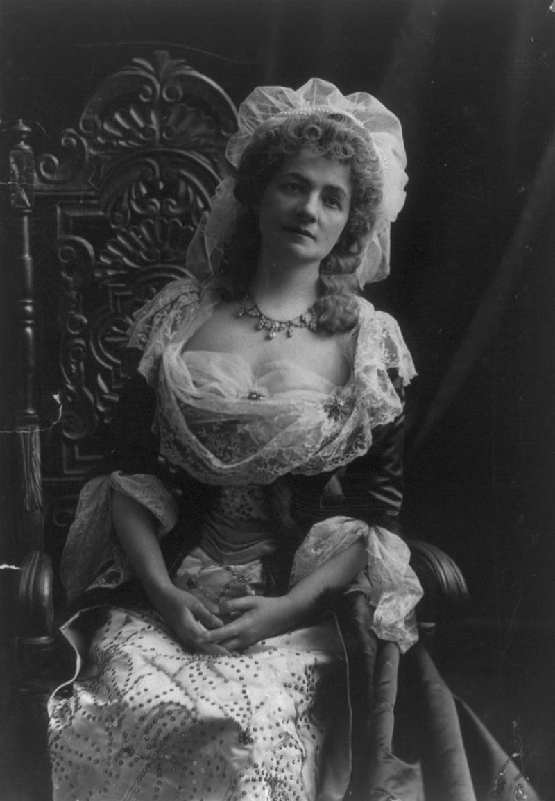 Helena Modjeska dans le role de Marie-Antoinette Tumblr20