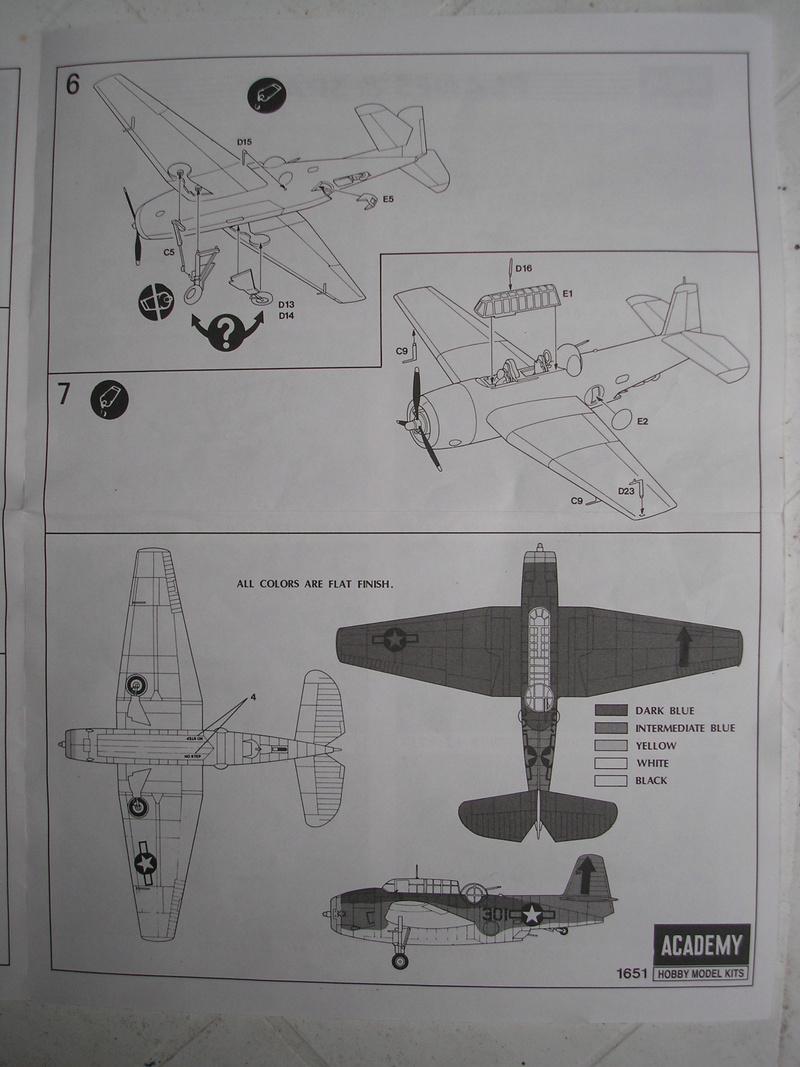 [ACADEMY] GRUMMAN TBF-1 AVENGER 1/72ème Réf 1651 Academ12
