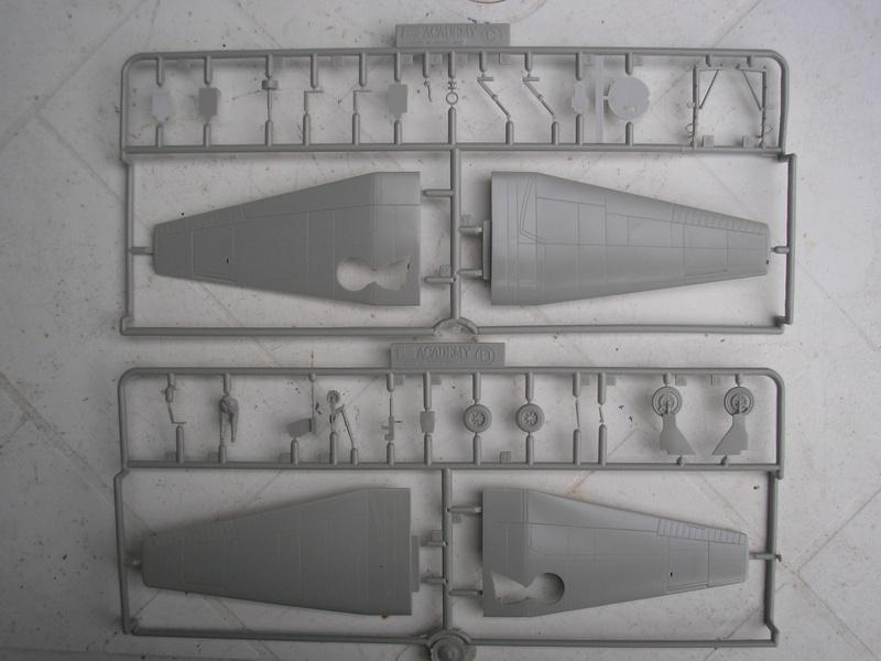 [ACADEMY] GRUMMAN TBF-1 AVENGER 1/72ème Réf 1651 Academ14