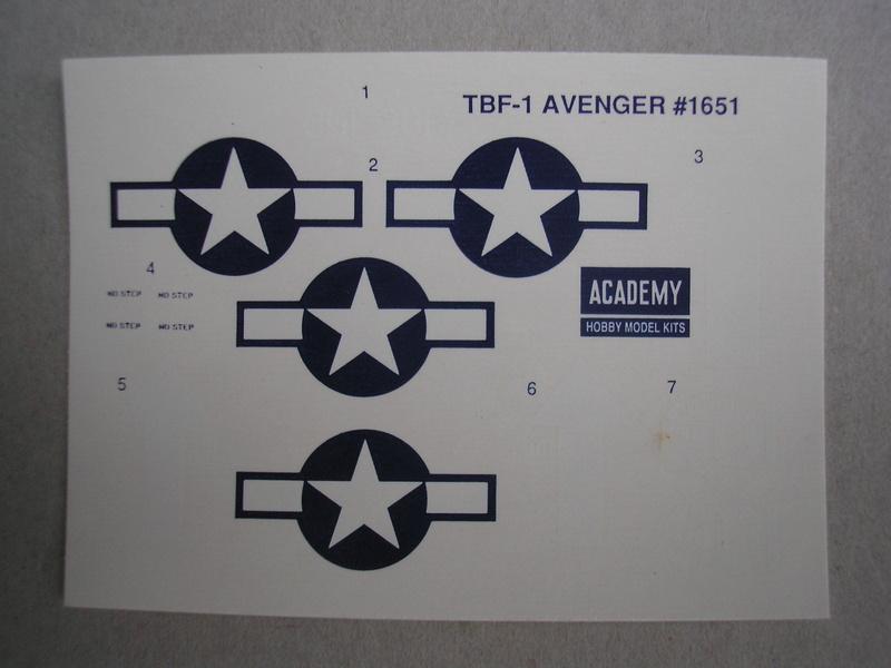 [ACADEMY] GRUMMAN TBF-1 AVENGER 1/72ème Réf 1651 Academ18