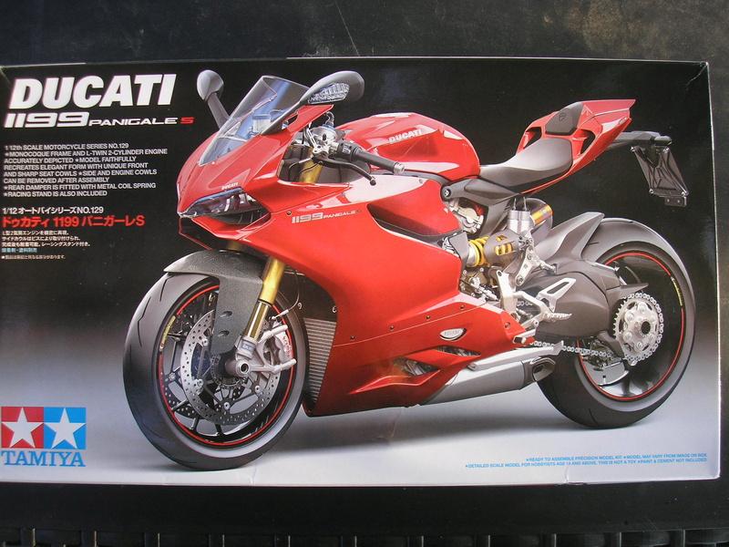 [TAMIYA] DUCATI 1199 PANIGALE S 1/12ème Réf 14129 Ducati48