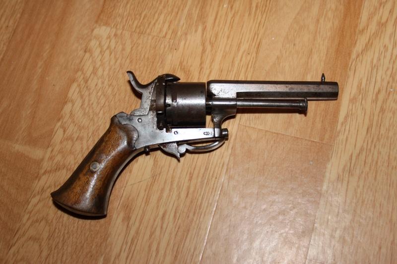 Revolver type Lefaucheux Img_9212