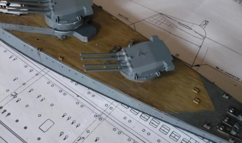 [1/400] diorama cuirassé Dunkerque à Mers El-Kébir 1940. P1220513