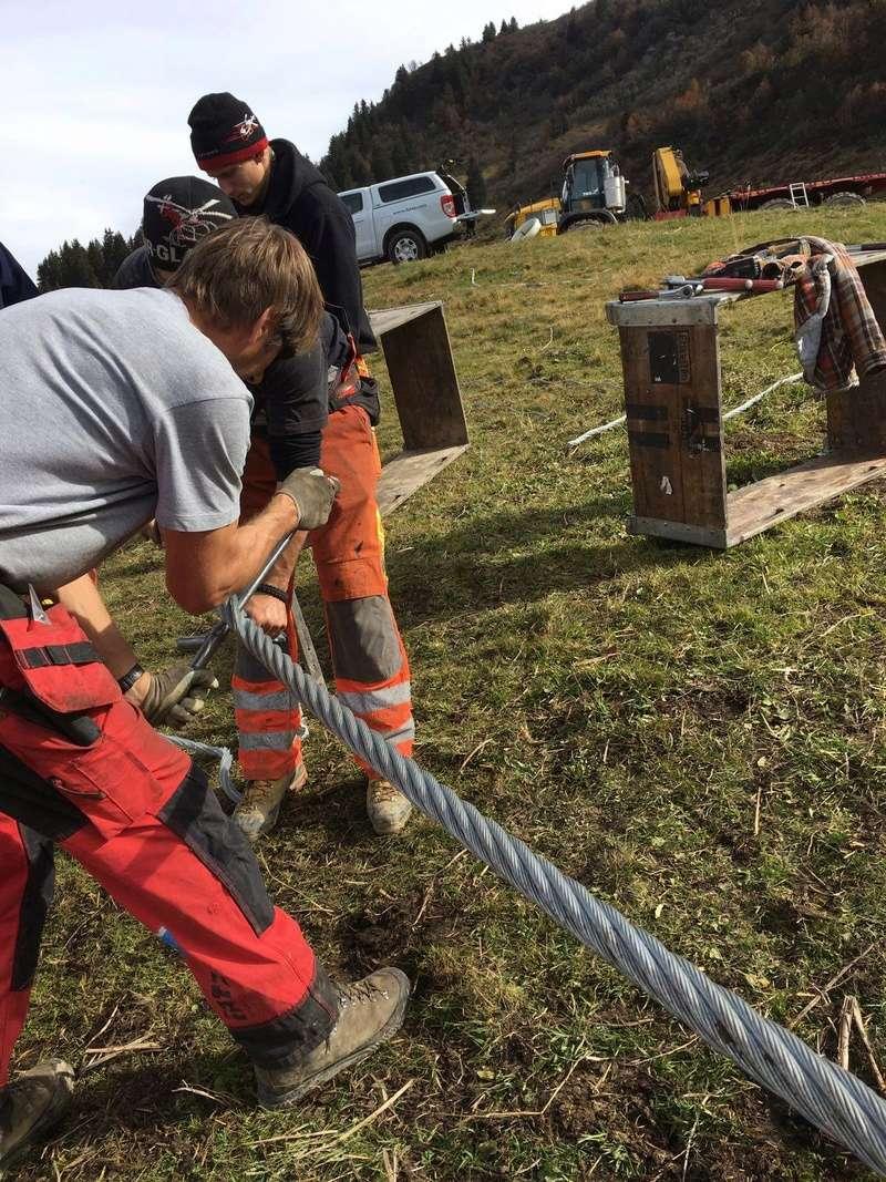 """Construction de télésièges dans le domaine """"Diablerets-Villars-Gryon (Suisse)"""" - Page 2 14856110"""