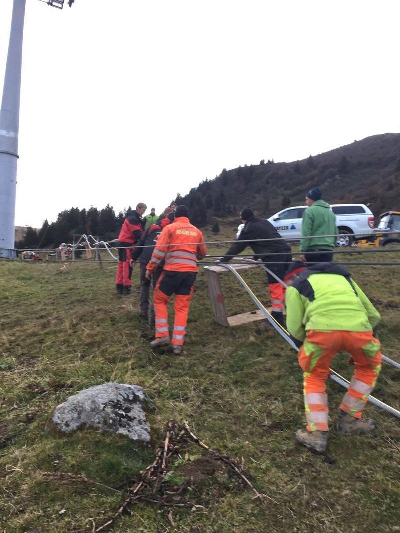 """Construction de télésièges dans le domaine """"Diablerets-Villars-Gryon (Suisse)"""" - Page 2 14876610"""