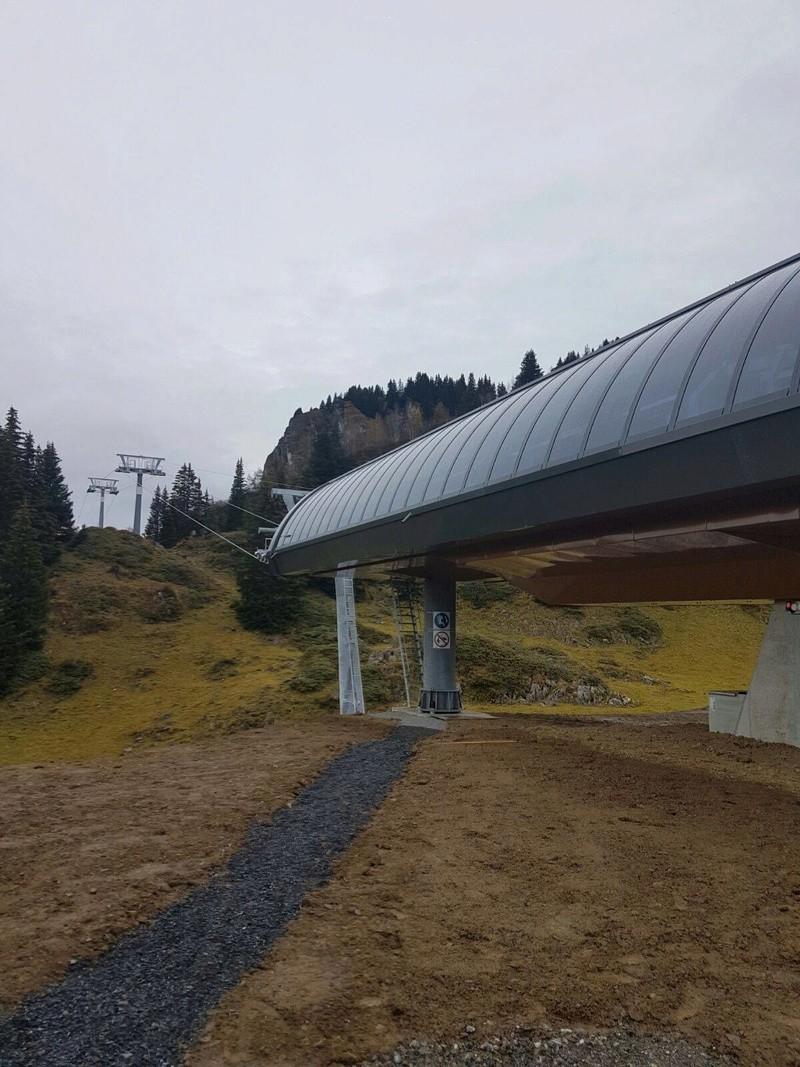 """Construction de télésièges dans le domaine """"Diablerets-Villars-Gryon (Suisse)"""" - Page 2 14884410"""