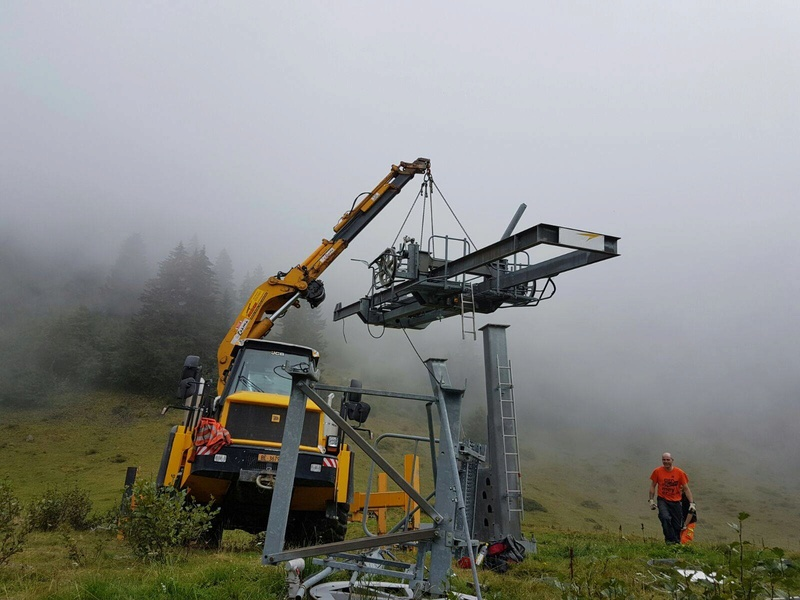 """Construction de télésièges dans le domaine """"Diablerets-Villars-Gryon (Suisse)"""" - Page 2 Demont10"""