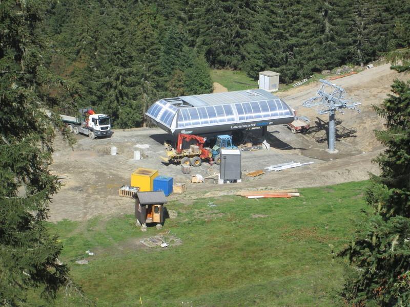 """Construction de télésièges dans le domaine """"Diablerets-Villars-Gryon (Suisse)"""" Img_1753"""