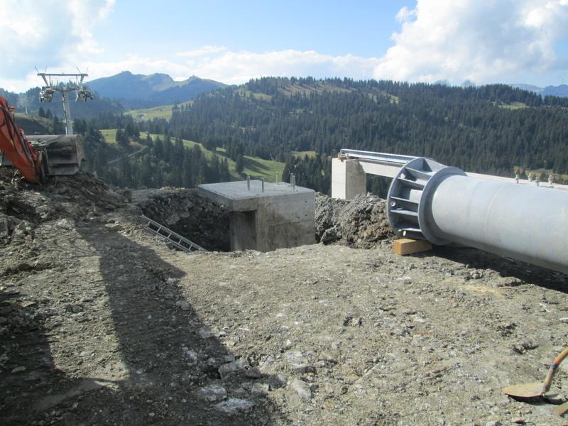 """Construction de télésièges dans le domaine """"Diablerets-Villars-Gryon (Suisse)"""" Img_1762"""