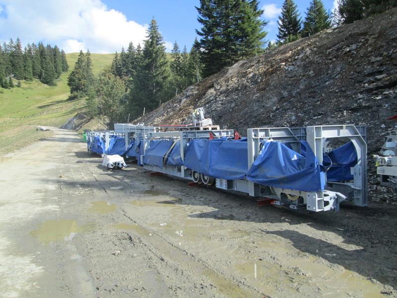 """Construction de télésièges dans le domaine """"Diablerets-Villars-Gryon (Suisse)"""" Img_1764"""