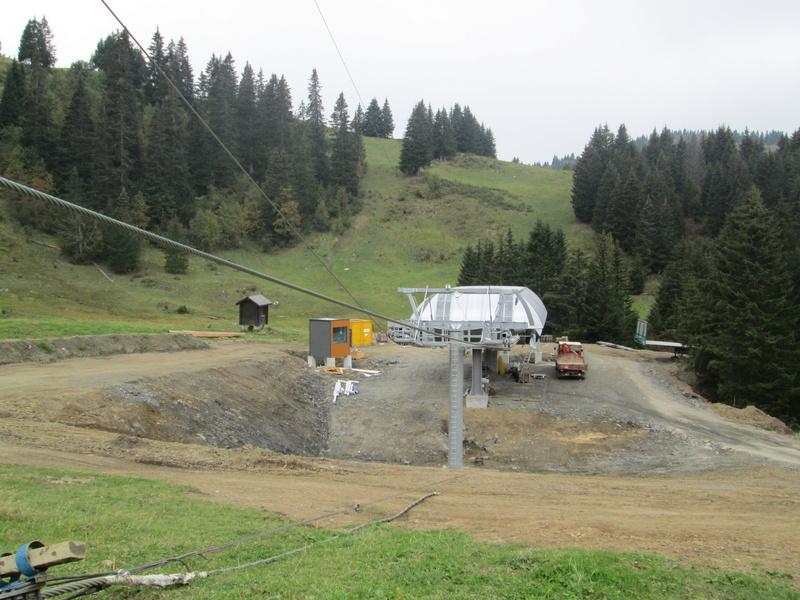 """Construction de télésièges dans le domaine """"Diablerets-Villars-Gryon (Suisse)"""" Img_1768"""