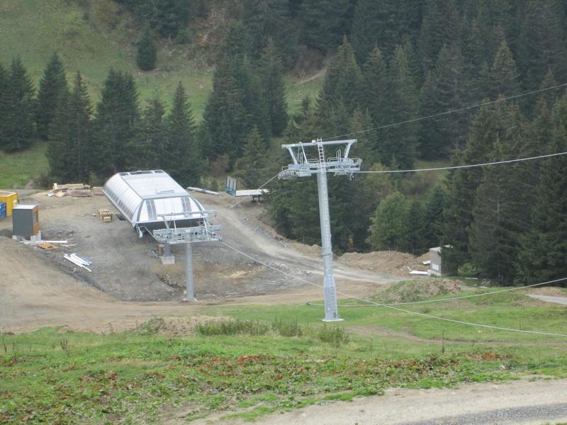 """Construction de télésièges dans le domaine """"Diablerets-Villars-Gryon (Suisse)"""" Img_1776"""