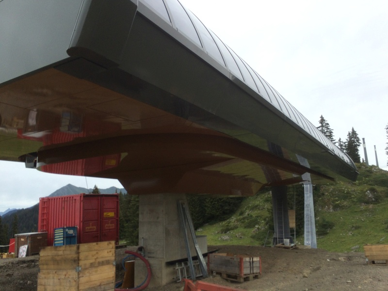 """Construction de télésièges dans le domaine """"Diablerets-Villars-Gryon (Suisse)"""" Img_4112"""