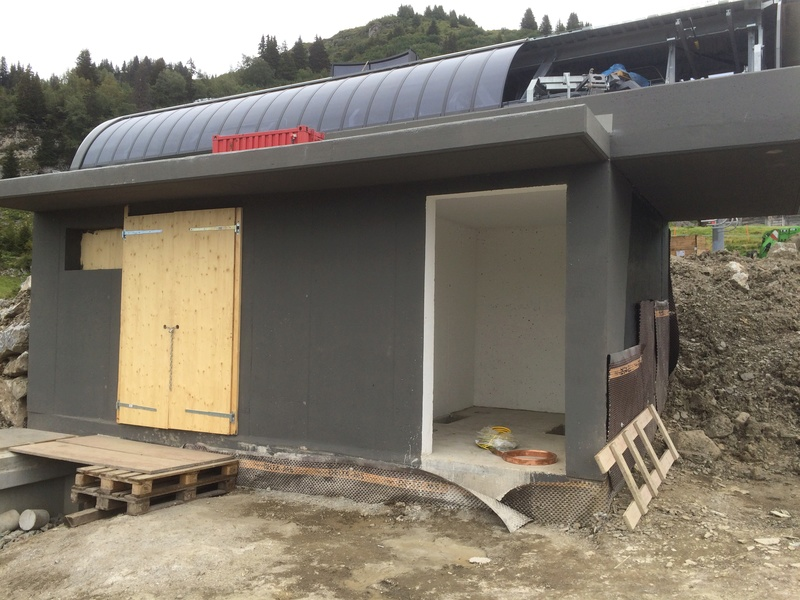 """Construction de télésièges dans le domaine """"Diablerets-Villars-Gryon (Suisse)"""" Img_4113"""