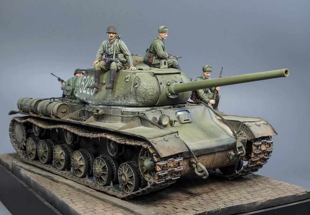 КВ-85 апрель-май 1944г. Крым. 411