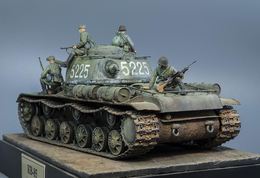 КВ-85 апрель-май 1944г. Крым. 711