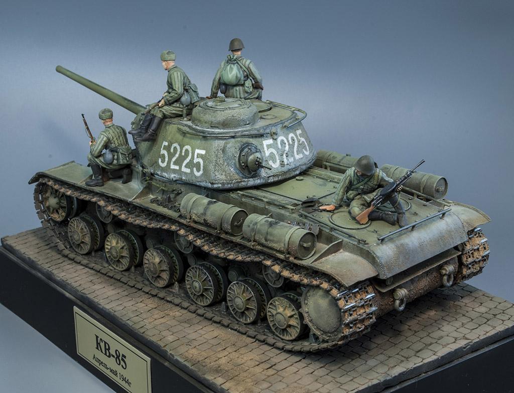 КВ-85 апрель-май 1944г. Крым. 811