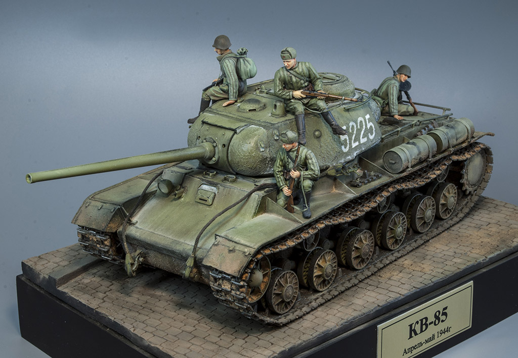 КВ-85 апрель-май 1944г. Крым. 911