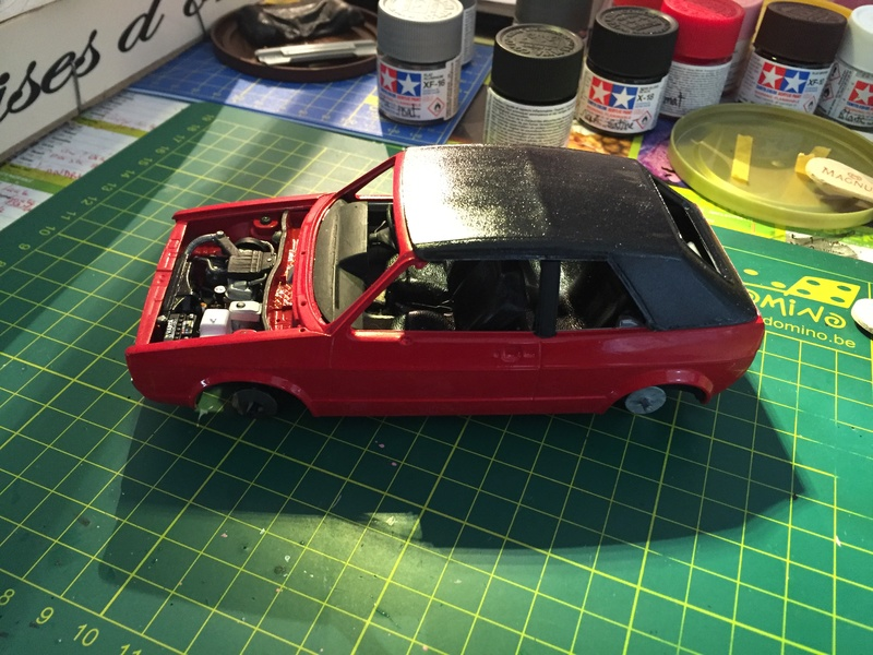 VW Golf 1 Cabriolet 1/24 [ REVELL ] - Page 5 Image161