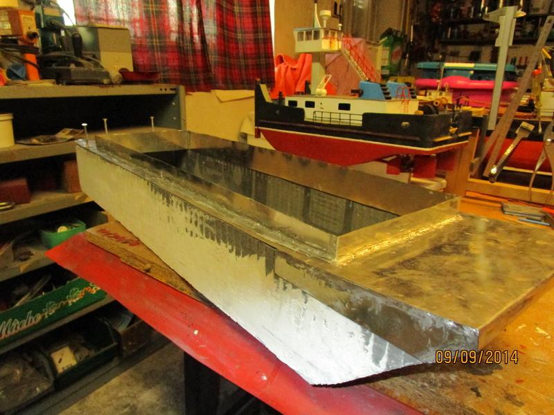 Pousseur & barges Menvussa/France 6 & 7 (scratch) de Caboteur44 Img_0412
