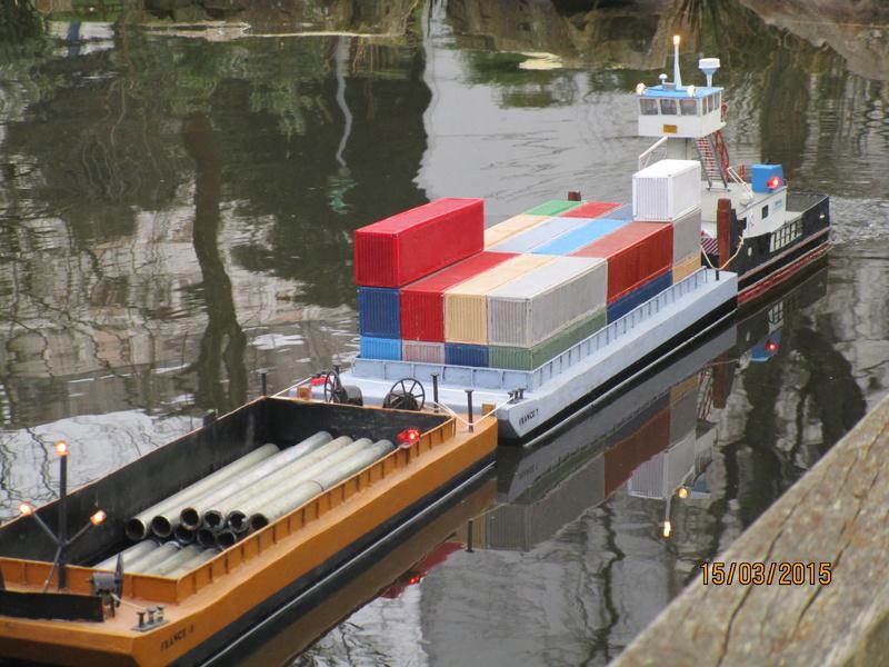 Pousseur & barges Menvussa/France 6 & 7 (scratch) de Caboteur44 Img_0613