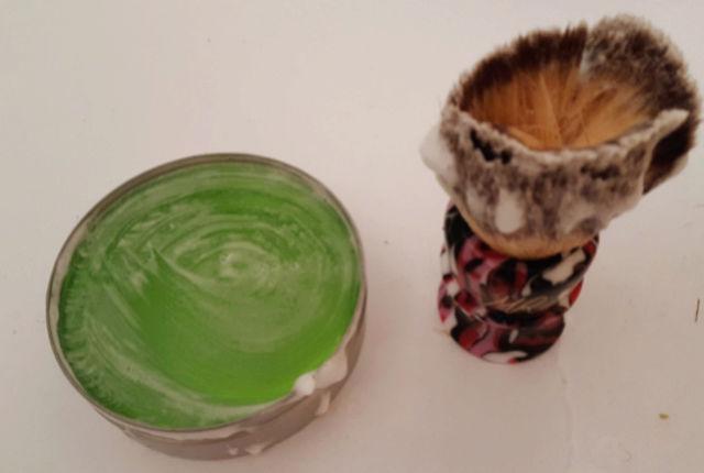 YETI SNOT : le savon aux nouvelles sensations Sans_t10