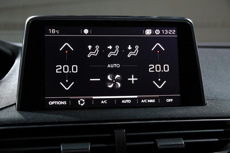 ¿Cuál es el proveedor de pantalla táctil del nuevo 3008? Ecran_10