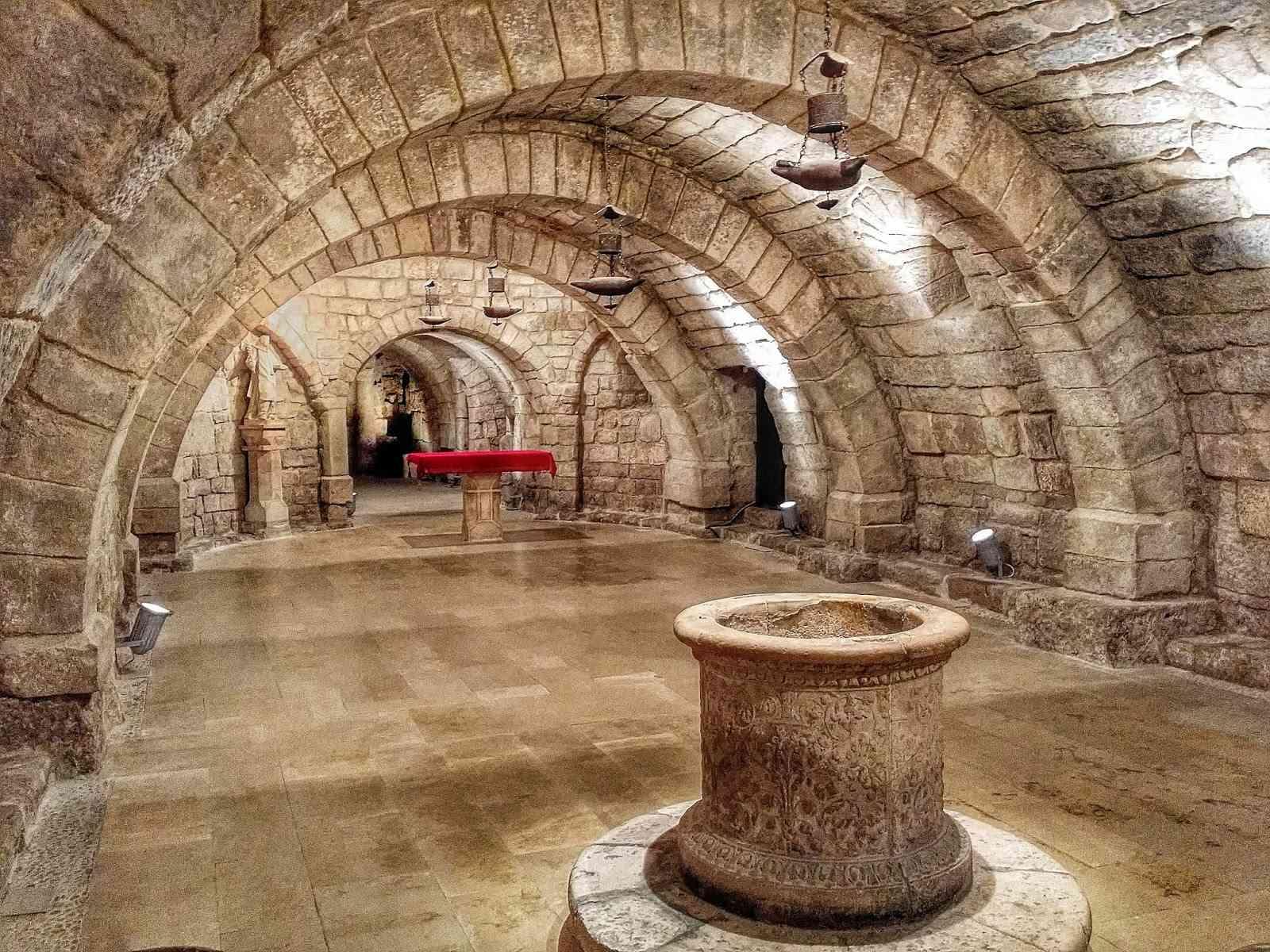 Palencia - Página 3 Cripta10