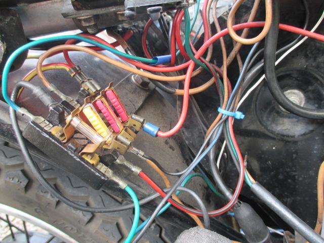etz 251 batterie se décharge et moto pétarade - Page 3 Img_0711