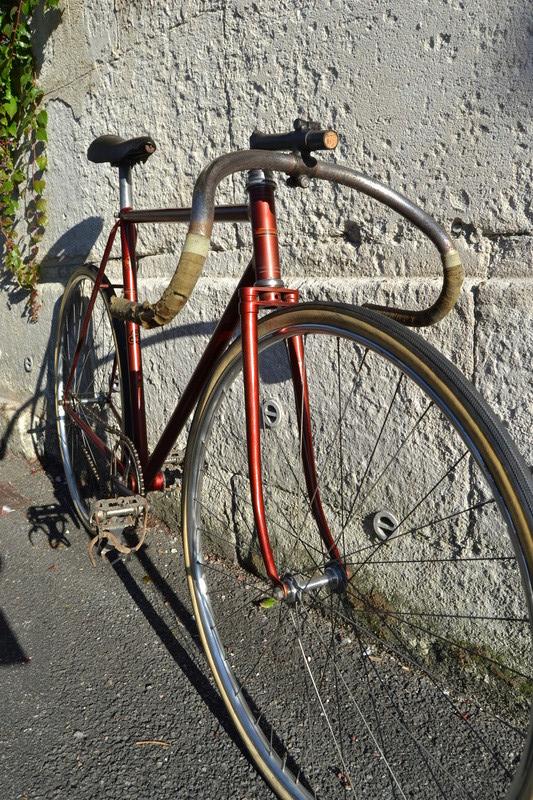 Piste du coureur amateur LEROUX 1944 vraisemblablement  Dsc_1019