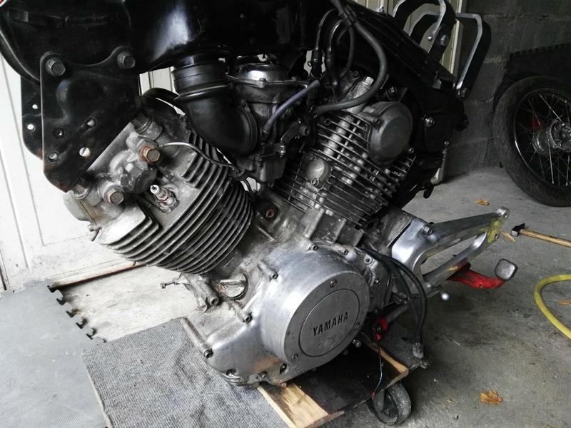 XV 750 SE >> XV 1100 Virago Cafe racer - Page 2 Img_2022