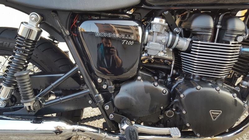MiTomane Vs. Triumph Bonneville T100 20161014