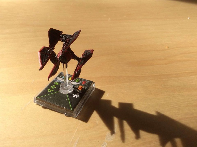 Die X-Wing Selbsthilfegruppe magnetisiert X-Wing Miniaturen! Defend10