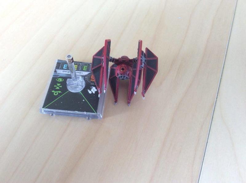 Die X-Wing Selbsthilfegruppe magnetisiert X-Wing Miniaturen! Defend12