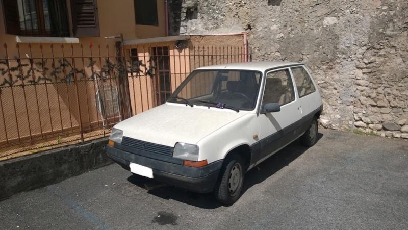 avvistamenti auto storiche - Pagina 39 Renaul19