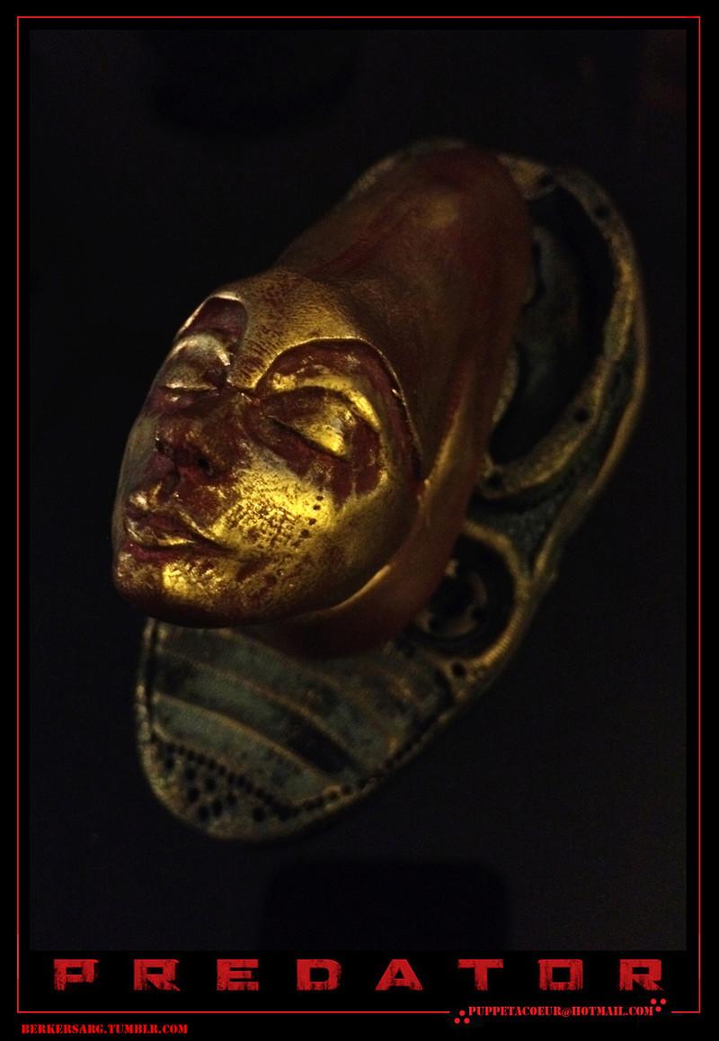PREDATOR: sculptures de masques, trophées, socles,... 75_net11