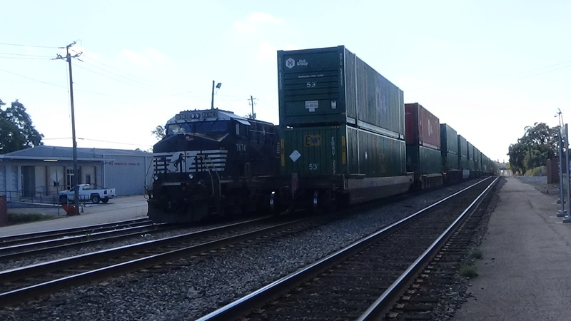 Railfanning meets Dsc01010