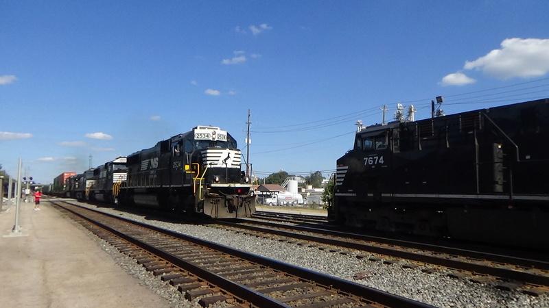 Railfanning meets Dsc01110
