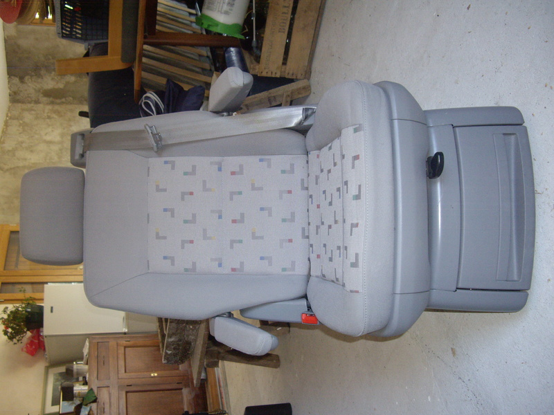 Vend siège arrière de 2006 Imgp3212