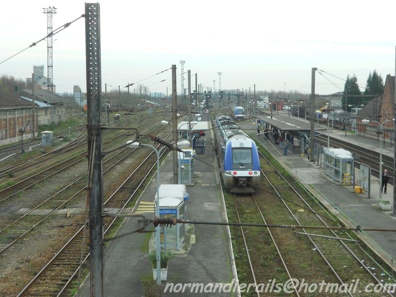 HAZEBROUCK, le trains meul-heure de pointe ! 1014