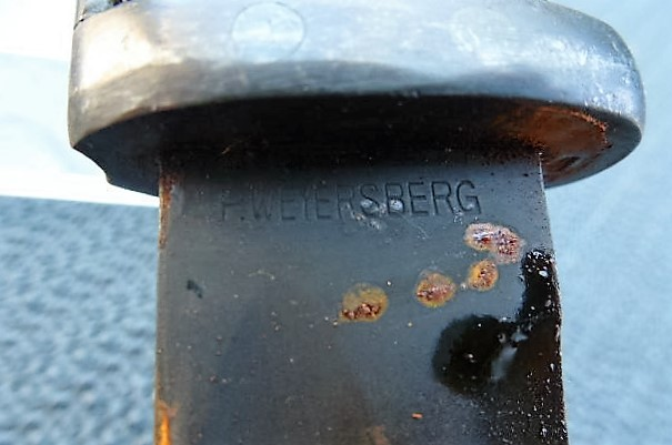 Quelqu'un pourrait-il identifier cette baïonnette allemande de 1940 810