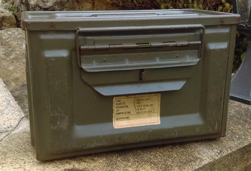 Jerrycan et caissette Fr. Imag0244
