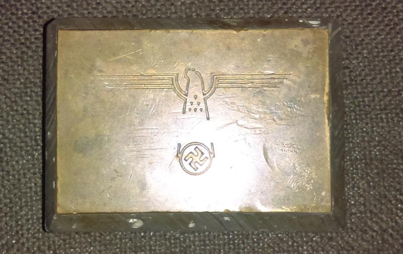 Plaque bronze ? Imag0311