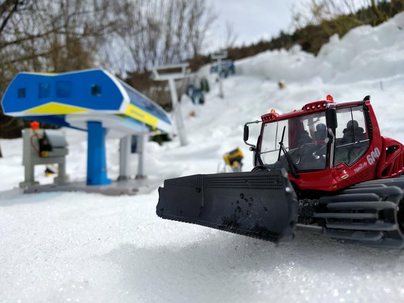 Station de ski miniature en Suisse Img_2010
