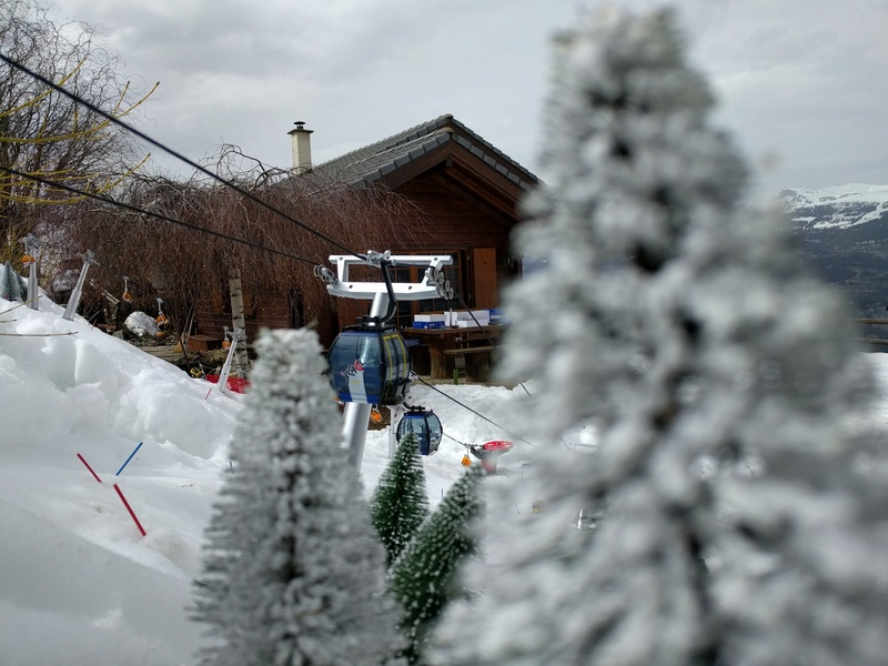Station de ski miniature en Suisse Img_2011