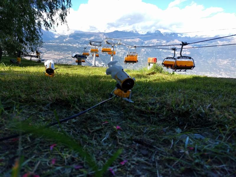 Station de ski miniature en Suisse - Page 2 Img_2039