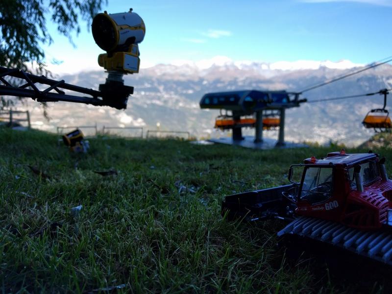 Station de ski miniature en Suisse - Page 2 Img_2041