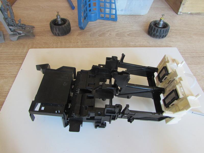 """Robot de chargement 2199 et des poussières - Ma première machine à café """"comme quoi on peut tout faire avec rien..."""" D13"""