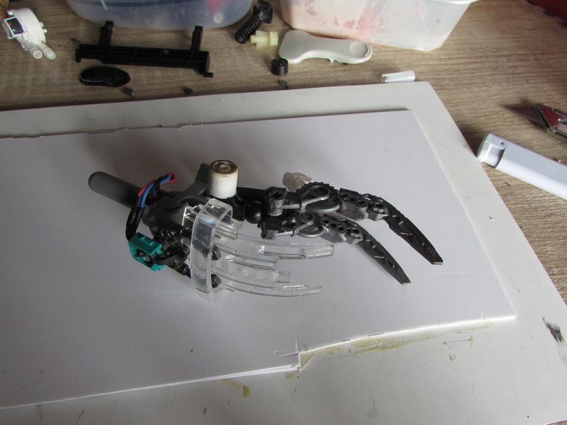 """Robot de chargement 2199 et des poussières - Ma première machine à café """"comme quoi on peut tout faire avec rien..."""" O10"""